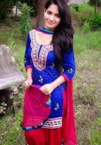 Ruhani Sharma (3)
